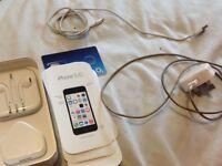 Apple iPhone 5c White 8gb 02