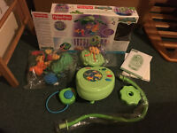 Fisher-Price Rainforest Peek-A-Boo Leaves Musical Mobile - good condition!