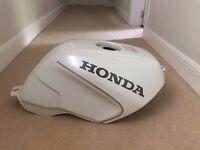 White 1985 Honda VFR 750 Tank