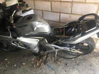 Kawasaki ER6F - spares or repair £200