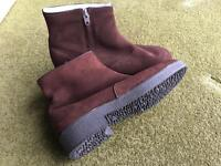 MORLANDS SHEEPSKIN FUR LINED LADIES ANKLE BOOTS SIZE 8 1/2