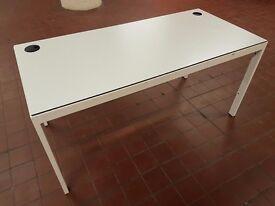 Magpie office desks