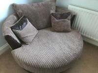 Swivel Cuddle / Swivel Chair
