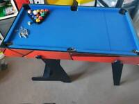 Foldable activity table