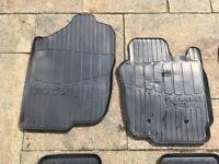 Car mats. Rubber. Toyota RAV 4.