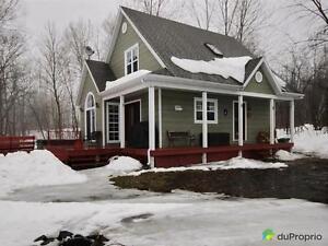 268 900$ - Maison à un étage et demi à vendre à Trois-Rives