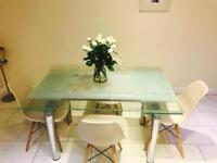 Glass extendable kitchen/Dining room table