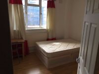 Lovely double room available in Camden Town!ALL BILLS ARE INCLUDED WITH THE PRICE.!!