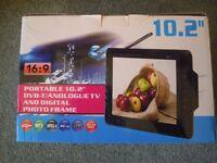 "10.2"" Nikkai Digital LCD TV & AVTEX Digital Freeview Television Aerial"