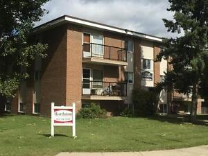 Amazing deal for families! 2 bedroom with balcony only for $850!
