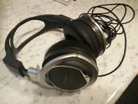 sony stereo over ear headphones mdr-xd200