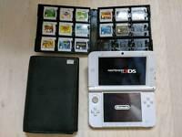 Nintendo 3DS XL + 14 Games + Case