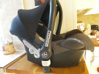 MAXI COSI CAR SEAT IN GOOD CLEAN CONDITION