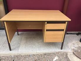 Oak 1200 student desk