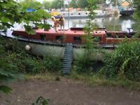 39 Foot Houseboat / Liveaboard