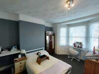 2 bedroom flat in Springfield Road, Brighton, BN1 (2 bed) (#979734)
