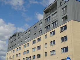 2 bedroom penthouse to rent Victoria Road, Glasgow, G42
