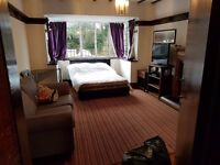 Huge Furnished Double all inclusive in Country House on Bus + Train routes
