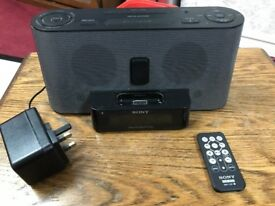 Sony ICF-C1iPMK2 Audio Docking Station for iPod/iPhone, FM/AM Alarm clock/radio,