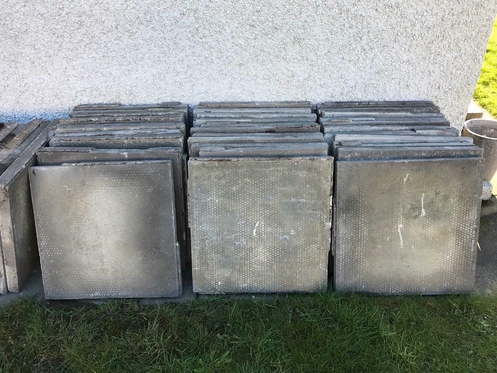 50 clean like new 2x2 concrete flags stones paving slabs for Cleaning concrete patio slabs