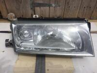 Skoda Octavia drivers side ( osf )headlight