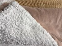 HERITAGE - FAUX SHEEPSKIN SPFT BLANKET/THROW