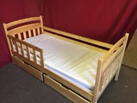 PINE SINGLE DAY BED WITH 2 DRAWS AND MATTRESS,CAN DELIVER