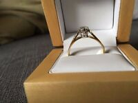 MOST GORGEOUS SOLITAIRE DIAMOND RING, SIZE S, immaculate condition