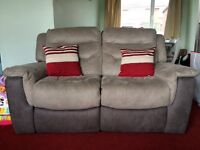2 seater electronic recliner