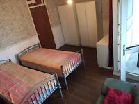 one bed in a triple room to share STEPNEY GREEN