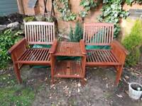 Twin garden bench with adjoining table
