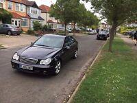 Lovely Mercedes C200 2.1 AUTO DIESEL AVANTGARDE SE