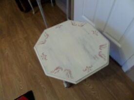 8 Sided Coffee/Occasional table