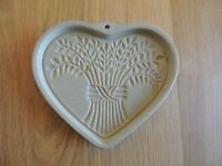 Pampered Chef Heart shaped decorative stone