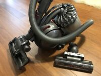 Dyson DC54 cinetic animal vacuum cleaner (top of the range)