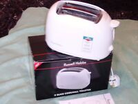 BRAND NEW RUSSELL HOBBS TWO SLICE TOASTETER