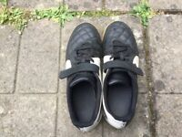 Indoor football shoes TEMPO size 5.5