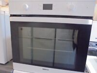 beko electric fan assisted oven 60 cm wid nice n clean can deliver it n fit it