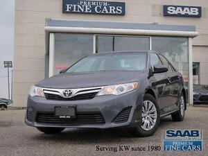 2014 Toyota Camry LE   Backup Camera  Low KM