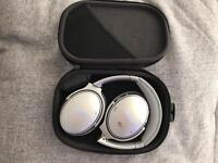 Bose Quiet Comfort Noise Cancelling Wireless Headphones