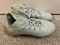 Boys Adidas Football Boots UK12 Childrens
