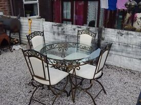Table and chairs / Dining table and chairs / living room / dining room / cast iron / wrought iron