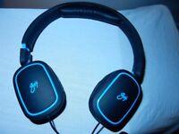 Goji GONEWHT13 Headphones Collection Ear Black Compatible Smartphones Lightweight