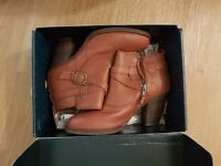 Female EMU Australia Seville tan leather original boots size 6