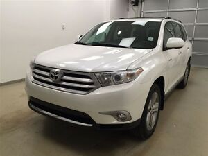 2013 Toyota Highlander Limited- Leather, 4x4, NAV