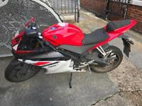 Yamaha YZF R125 - £1900