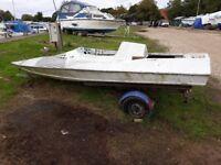 Project race boat