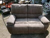 Twin seater reclining settee