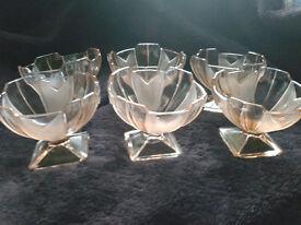 Set of 6 Sowerby glass sundae/desert dishes.