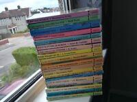 Set of 19 children's classic book